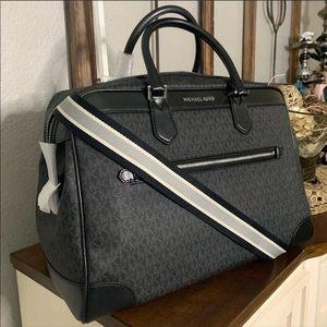 New Mk luggage 🖤